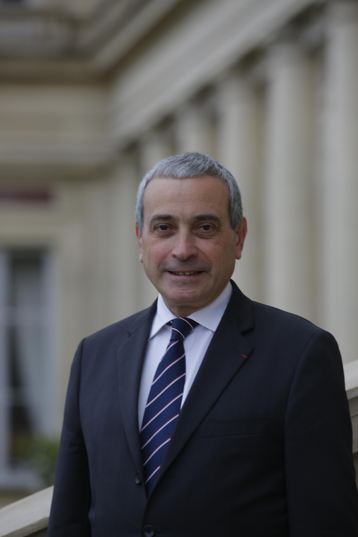 Son excellence Laurent STÉFANINI Ambassadeur, délégue permanent de la France auprès de l'UNESCO