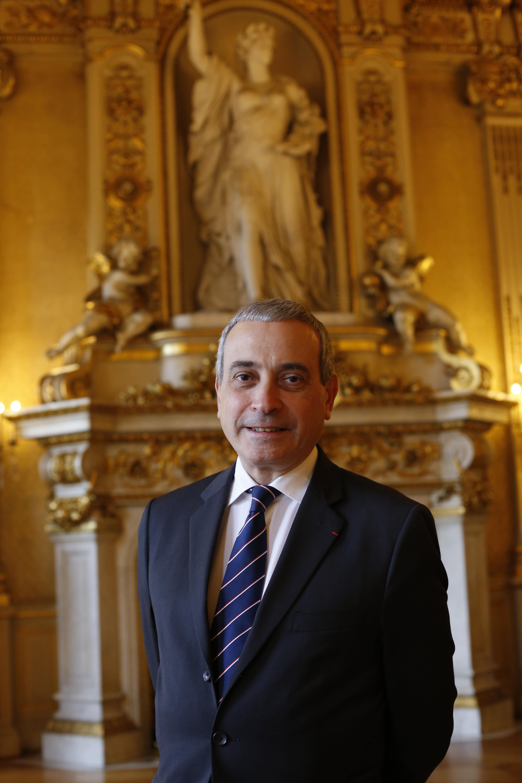 Son excellence Laurent STÉFANINI Ambassadeur, délégue permanent de la France auprès de l'UNESCO2